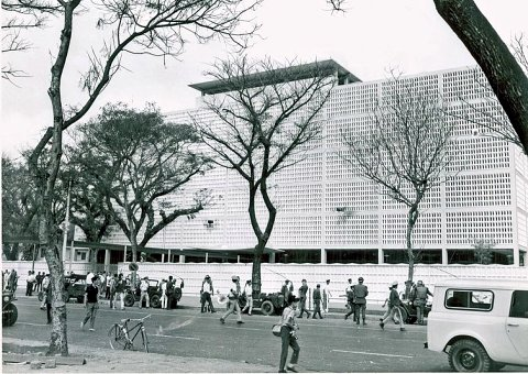 US_Embassy_Saigon_January_1968